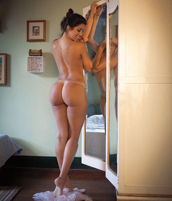 photo de suceuse sexy du 48 très hot