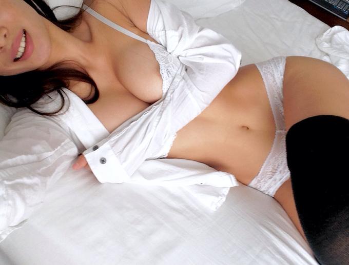 photo selfie sexy de femme du 56