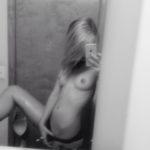 photo selfie sexy de femme du 64