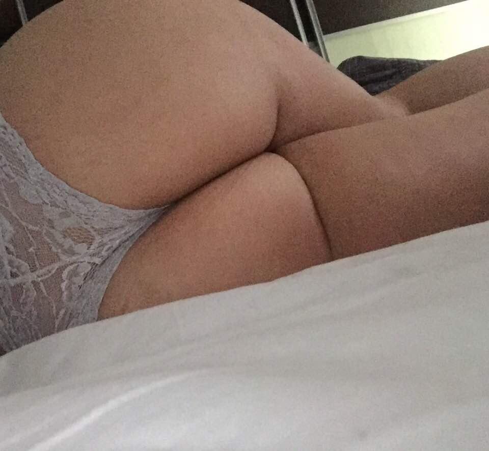 selfie sexy du 86 de femme coquine